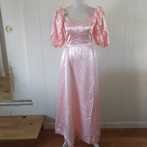 Vintage pink ball gown prom dress